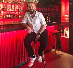 Bir duayen, bir işletme / Mualla Restaurant, Vural Çavuşoğlu