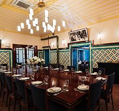 Buram buram tarih kokan asırlık restoran; Pandeli
