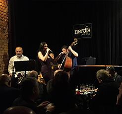 İstanbul'da kaliteli Jazz'a ve aperatif lezzetlere doyacağınız mekan; Nardis Jazz